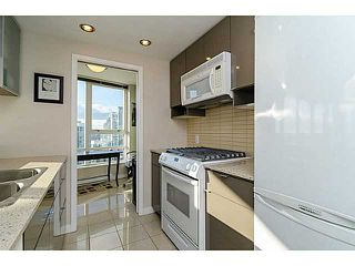 Photo 6: # 2502 939 EXPO BV in Vancouver: Yaletown Condo for sale (Vancouver West)  : MLS®# V1040268