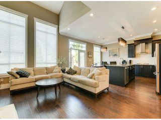 Photo 4: # 11 2453 163RD ST in Surrey: Grandview Surrey Condo for sale (South Surrey White Rock)  : MLS®# F1420648