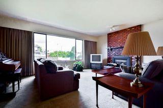 Photo 3: 6943 AUBREY STREET in Burnaby: Sperling-Duthie House 1/2 Duplex for sale (Burnaby North)  : MLS®# R2062369