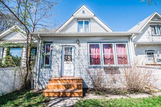 Photo 2: 250 King Edward Street in Winnipeg: St James Single Family Detached for sale (5E)  : MLS®# 1711351