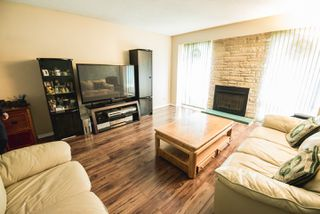 Photo 4: 1467 Jefferson Avenue in Winnipeg: Maples Single Family Attached for sale (4H)  : MLS®# 1811801