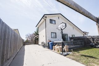 Photo 19: 1467 Jefferson Avenue in Winnipeg: Maples Single Family Attached for sale (4H)  : MLS®# 1811801