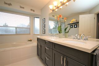 Photo 17: 12385 NORTHPARK CRESCENT in Surrey: Panorama Ridge House for sale : MLS®# R2334351