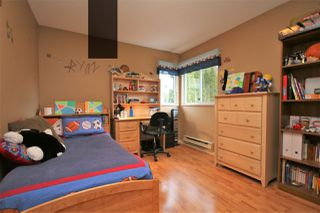Photo 12: 12385 NORTHPARK CRESCENT in Surrey: Panorama Ridge House for sale : MLS®# R2334351