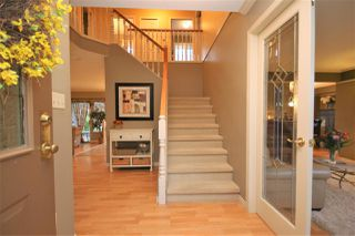 Photo 3: 12385 NORTHPARK CRESCENT in Surrey: Panorama Ridge House for sale : MLS®# R2334351