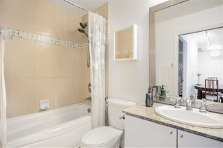 Photo 7: 501 1211 MELVILLE Street in Vancouver: Coal Harbour Condo for sale (Vancouver West)  : MLS®# R2398863