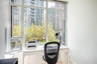 Photo 8: 501 1211 MELVILLE Street in Vancouver: Coal Harbour Condo for sale (Vancouver West)  : MLS®# R2398863