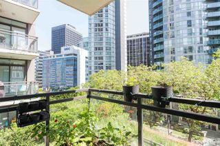Photo 10: 501 1211 MELVILLE Street in Vancouver: Coal Harbour Condo for sale (Vancouver West)  : MLS®# R2398863