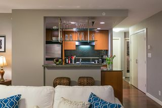 "Photo 7: 2906 455 BEACH Crescent in Vancouver: Yaletown Condo for sale in ""Park West"" (Vancouver West)  : MLS®# R2410734"