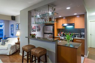 """Photo 8: 2906 455 BEACH Crescent in Vancouver: Yaletown Condo for sale in """"Park West"""" (Vancouver West)  : MLS®# R2410734"""