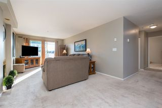 """Photo 4: 312 20177 54A Avenue in Langley: Langley City Condo for sale in """"STONEGATE"""" : MLS®# R2419590"""