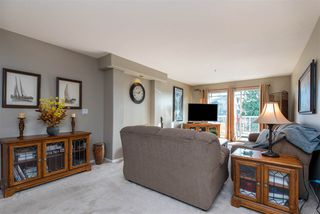 """Photo 5: 312 20177 54A Avenue in Langley: Langley City Condo for sale in """"STONEGATE"""" : MLS®# R2419590"""