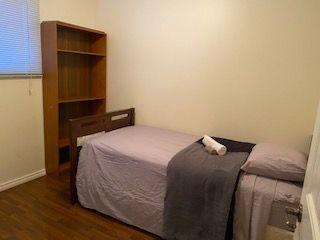 Photo 12: 11036 BEAUMARIS Road in Edmonton: Zone 27 House for sale : MLS®# E4184482