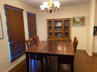 Photo 3: 11036 BEAUMARIS Road in Edmonton: Zone 27 House for sale : MLS®# E4184482