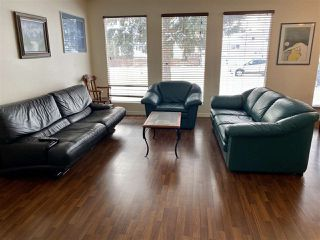 Photo 4: 11036 BEAUMARIS Road in Edmonton: Zone 27 House for sale : MLS®# E4184482