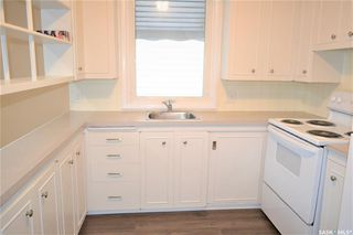 Photo 2: 1019 4th Street East in Saskatoon: Haultain Residential for sale : MLS®# SK797938