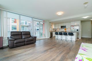 Photo 13: 305 3281 E KENT AVENUE NORTH in Vancouver: South Marine Condo for sale (Vancouver East)  : MLS®# R2435589