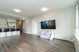 Photo 15: 305 3281 E KENT AVENUE NORTH in Vancouver: South Marine Condo for sale (Vancouver East)  : MLS®# R2435589