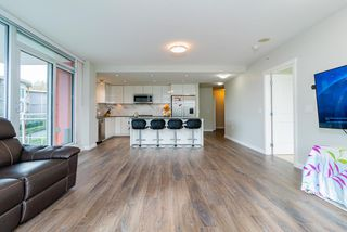 Photo 14: 305 3281 E KENT AVENUE NORTH in Vancouver: South Marine Condo for sale (Vancouver East)  : MLS®# R2435589