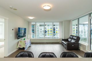 Photo 12: 305 3281 E KENT AVENUE NORTH in Vancouver: South Marine Condo for sale (Vancouver East)  : MLS®# R2435589