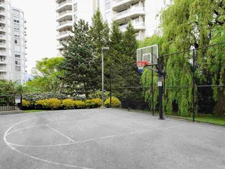 "Photo 19: 101 285 ROSS Drive in New Westminster: Fraserview NW Condo for sale in ""THE GROVE at Victoria Hill"" : MLS®# R2448230"
