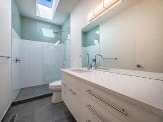 Photo 14: 5990 BARNACLE Street in Sechelt: Sechelt District House for sale (Sunshine Coast)  : MLS®# R2473923