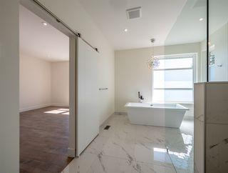 Photo 11: 5990 BARNACLE Street in Sechelt: Sechelt District House for sale (Sunshine Coast)  : MLS®# R2473923