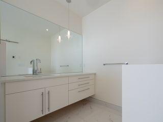 Photo 13: 5990 BARNACLE Street in Sechelt: Sechelt District House for sale (Sunshine Coast)  : MLS®# R2473923