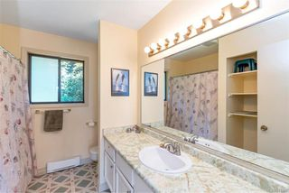 Photo 15: 7210 Highcrest Terr in Central Saanich: CS Island View House for sale : MLS®# 841989