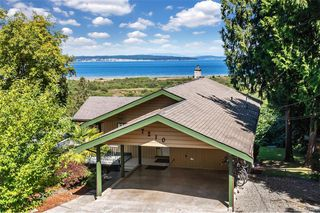 Photo 3: 7210 Highcrest Terr in Central Saanich: CS Island View House for sale : MLS®# 841989