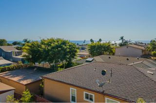 Photo 17: PACIFIC BEACH House for sale : 3 bedrooms : 919 Van Nuys Street in San Diego