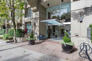 "Main Photo: 2303 969 RICHARDS Street in Vancouver: Downtown VW Condo for sale in ""MONDRIAN 2"" (Vancouver West)  : MLS®# R2519737"
