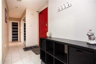 Photo 2: 33 1056 Grant Avenue in Winnipeg: Crescentwood Condominium for sale (1Bw)  : MLS®# 202028491