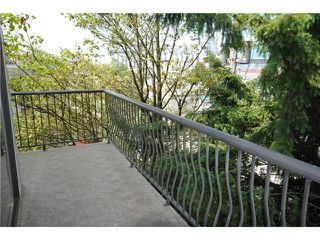 """Photo 8: 356 2033 TRIUMPH Street in Vancouver: Hastings Condo for sale in """"Mckenzie House"""" (Vancouver East)  : MLS®# V980054"""