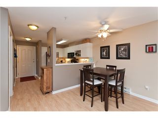 """Photo 3: 305 1618 GRANT Avenue in Port Coquitlam: Glenwood PQ Condo for sale in """"WEDGEWOOD MANOR"""" : MLS®# V989074"""
