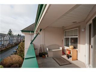 """Photo 9: 305 1618 GRANT Avenue in Port Coquitlam: Glenwood PQ Condo for sale in """"WEDGEWOOD MANOR"""" : MLS®# V989074"""