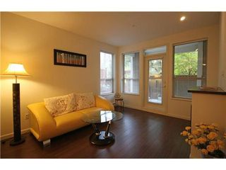 Photo 1: 112 2484 WILSON Ave in Port Coquitlam: Central Pt Coquitlam Home for sale ()  : MLS®# V919803