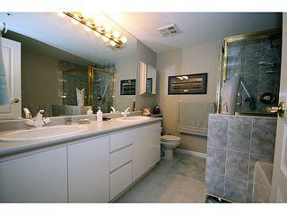 """Photo 11: 110N 1100 56TH Street in Tsawwassen: Tsawwassen East Condo for sale in """"ROYAL OAKS"""" : MLS®# V1019596"""