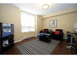 """Photo 3: 110N 1100 56TH Street in Tsawwassen: Tsawwassen East Condo for sale in """"ROYAL OAKS"""" : MLS®# V1019596"""