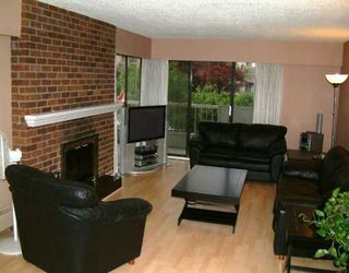 Photo 1: 201 1515 CHESTERFIELD AV, North Vancouver in North Vancouver: Central Lonsdale Condo for sale : MLS®# V593187
