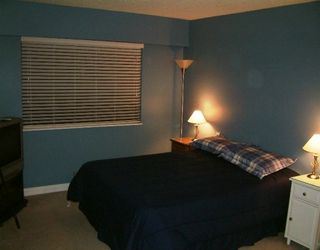 Photo 3: 201 1515 CHESTERFIELD AV, North Vancouver in North Vancouver: Central Lonsdale Condo for sale : MLS®# V593187