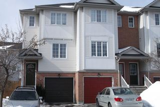 Photo 1: 42 Yorkville St in Nepean: Central Park Residential Attached for sale (5304)  : MLS®# 900539