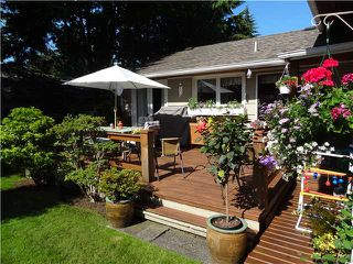 Photo 15: 3318 REDFERN PL in North Vancouver: Delbrook House for sale : MLS®# V1075011