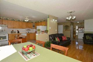 Photo 17: 27 Shady Lane Crest in Clarington: Bowmanville House (2-Storey) for sale : MLS®# E3008537