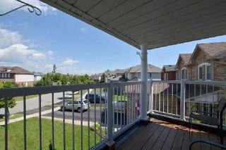 Photo 4: 27 Shady Lane Crest in Clarington: Bowmanville House (2-Storey) for sale : MLS®# E3008537