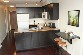 Photo 5: 510 550 Taylor Street in Vancouver: Condo for sale : MLS®# V1106022