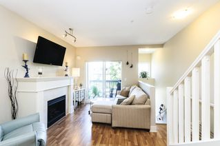 Photo 2: 210 4458 ALBERT STREET in Burnaby: Vancouver Heights Townhouse for sale (Burnaby North)  : MLS®# R2087161
