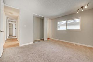 Photo 13: 6611 LAKEVIEW DR SW in Calgary: Lakeview House for sale : MLS®# C4183070