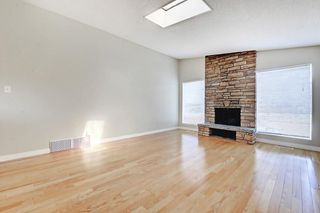 Photo 8: 6611 LAKEVIEW DR SW in Calgary: Lakeview House for sale : MLS®# C4183070