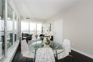 Photo 5: 4070 Confederation Pkwy Unit #3409 in Mississauga: City Centre Condo for sale : MLS®# W4094881